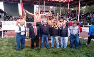 Akhisarlı Güreşçi Altın Madalya kazandı