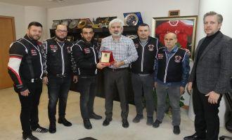 Akhisarlı motosikletçilerden Başkan Hızlı'ya teşekkür