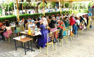 Akhisarlı Öğrencilerin Sınıf Yemeği