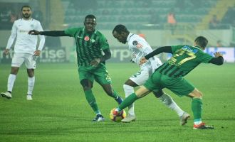 Akhisarspor; 0 - Atiker Konyaspor; 0