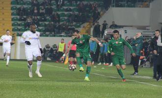 Akhisarspor; 0 - İ.M. Kayserispor; 0