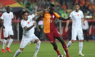 Akhisarspor; 1 - Galatasaray; 3