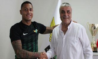 Akhisarspor, Paulo Henrique ile 3 yıllık anlaşma imzaladı
