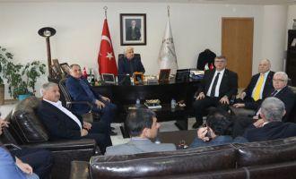 Belediye Başkanı Salih Hızlı, Büyükşehir komisyonlarını konuk etti
