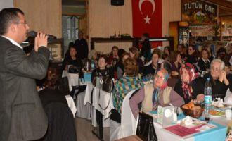 CHP; 8 Mart Dünya Kadınlar Gününü Kahvaltı Programıyla Kutladı