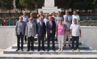 CHP Milletvekili Bakırlıoğlu'ndan Şehitlik Ziyareti