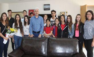 Halk Oyunları ekibinden Akhisar Belediye Başkanı Salih Hızlı'ya teşekkür