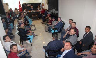 Hastane Temizlik Personelinden AK Parti'ye ziyaret