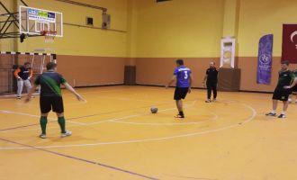 Futsal turnuvasında yarın finalistler belli oluyor