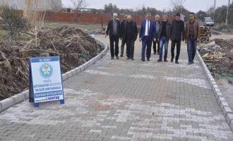 Kapaklı Mahallesinin mezarlık yolu yenileniyor
