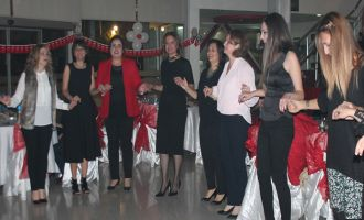 Kız Meslek Lisesi Öğretmenler Gününü Seyhan Cafe'de Kutladı