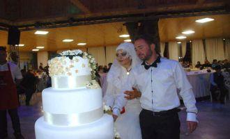 Muhteşem bir düğün ile evliliğe ilk adımlarını attılar