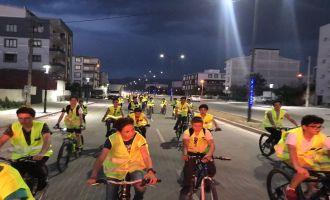 Perşembe Akşamı Bisikletçileri Akhisar sokaklarında