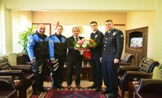 Polis Haftası etkinliklerinde Kaymakamı ziyaret ettiler