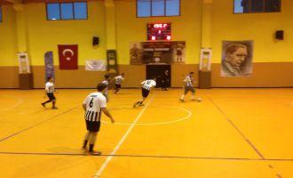 Satır Mustafa ve Taksi Zeki turnuvasında grup liderleri belli olmaya başladı