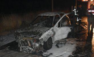 Seyir halindeyken yanan araç küle döndü
