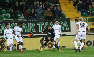 T.M. Akhisarspor; 3 - Atiker Konyaspor; 0