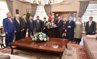 Türkiye Birincisi Hafızdan Manisa Valisine Ziyaret