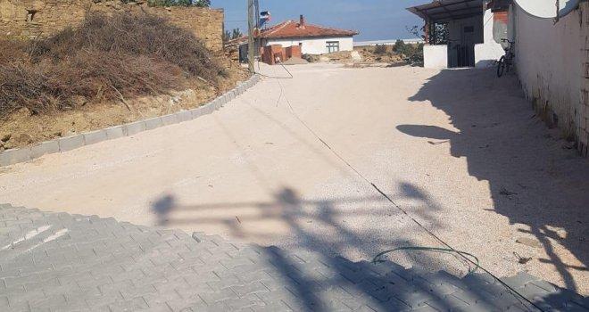 Yenidoğan'ın Kilit Parkesi De Döşeniyor