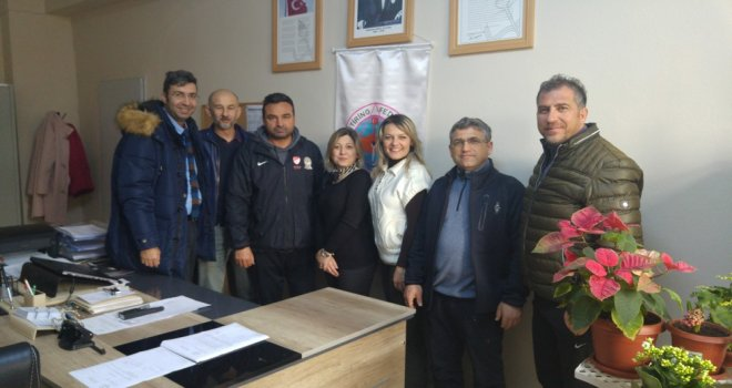Zeynep Gülin Öngör M.T.A.L Gençlik ve Spor Kulübü'den Oryantiring İl Temsilcisi Figen Taran'a Ziyaret